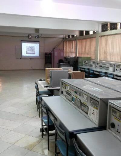 محیط آموزش تعمیرات ECU
